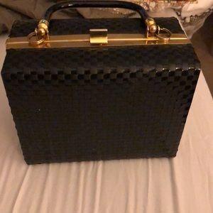 Handbags - Vintage looking square box purse.